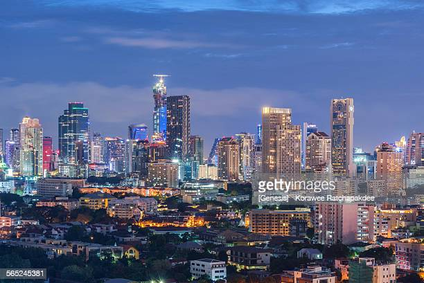 bangkok cityscape in the night - association of southeast asian nations stock pictures, royalty-free photos & images