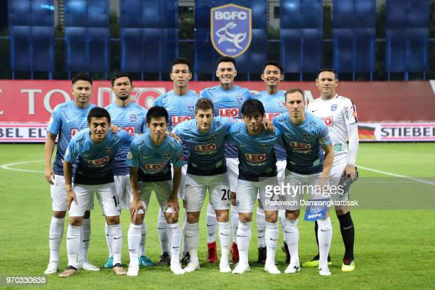 Bangkok Glass FC players line up for the team photos prior to the Thai League 1 match between Bangkok Glass FC and Buriram United at LEO Stadium on...