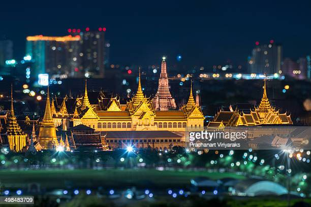 Bangkok Grand Palace and Wat Arun at night.