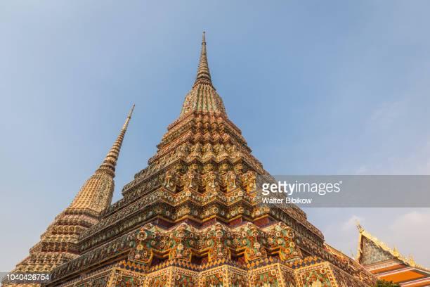 bangkok, ko ratanakosin area, wat pho, exterior, buddhist temple - wat pho stock pictures, royalty-free photos & images