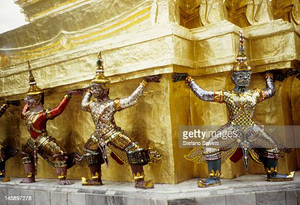 bangkok, particolare palazzo reale - arte ストックフォトと画像