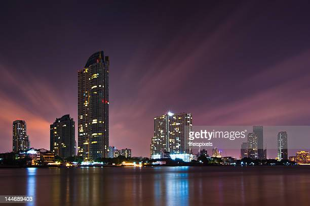 bangkok skyline - lifeispixels stock pictures, royalty-free photos & images