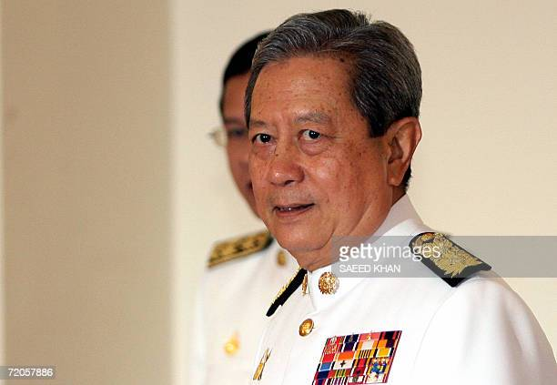 Thailand's newly appointed Prime Minister and former Thai army chief General Surayud Chulanont arrives to speak with media after his swearing in...