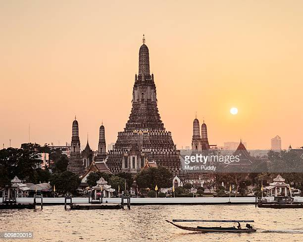 Bangkok, Wat Arun At Sunset