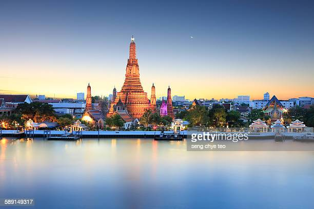 bangkok wat arun - bangkok stock pictures, royalty-free photos & images