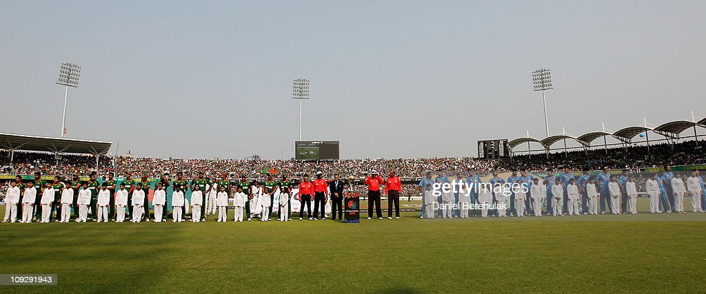 India v Bangladesh: Group B - 2011 ICC World Cup : News Photo