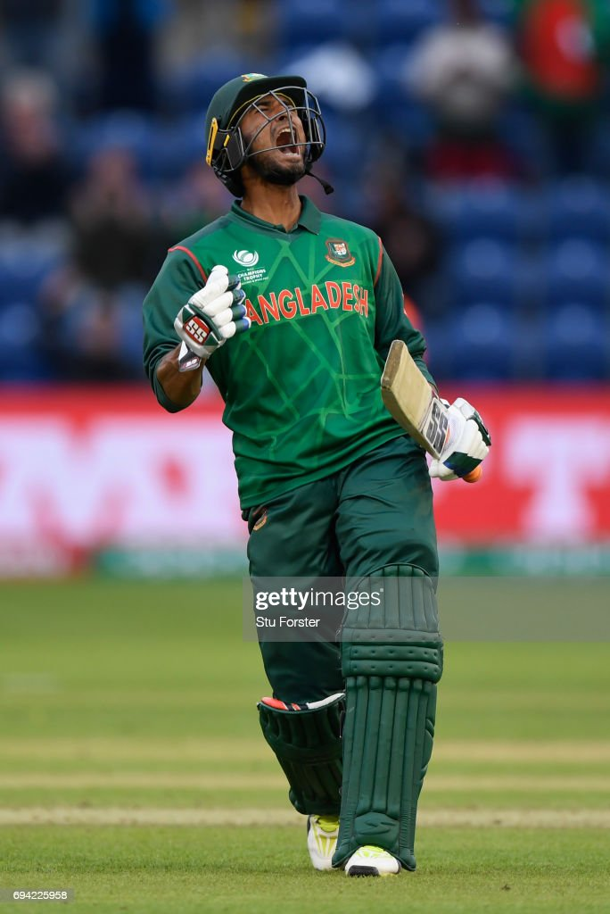 Bangladesh batsman Mohammad Mahmudullah celebrates after hitting the winning runs during the ICC Champions Trophy match between New Zealand and Bangladesh at SWALEC Stadium on June 9, 2017 in Cardiff, Wales.