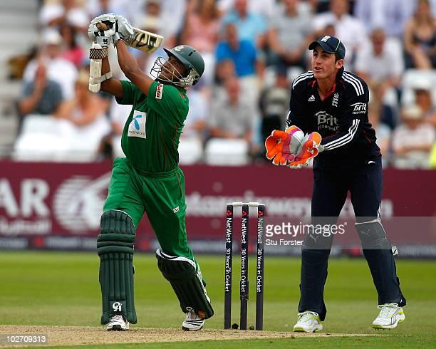 Bangladesh btasman Shakib Al Hasan picks up some runs watched by Craig Kieswetter during the 1st NatWest ODI between England and Bangladesh at Trent...
