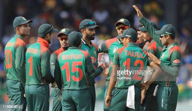 Bangladesh cricket team members celebrate during the 3rd One Day International cricket match between Sri Lanka and Bangladesh at R Premadasa...