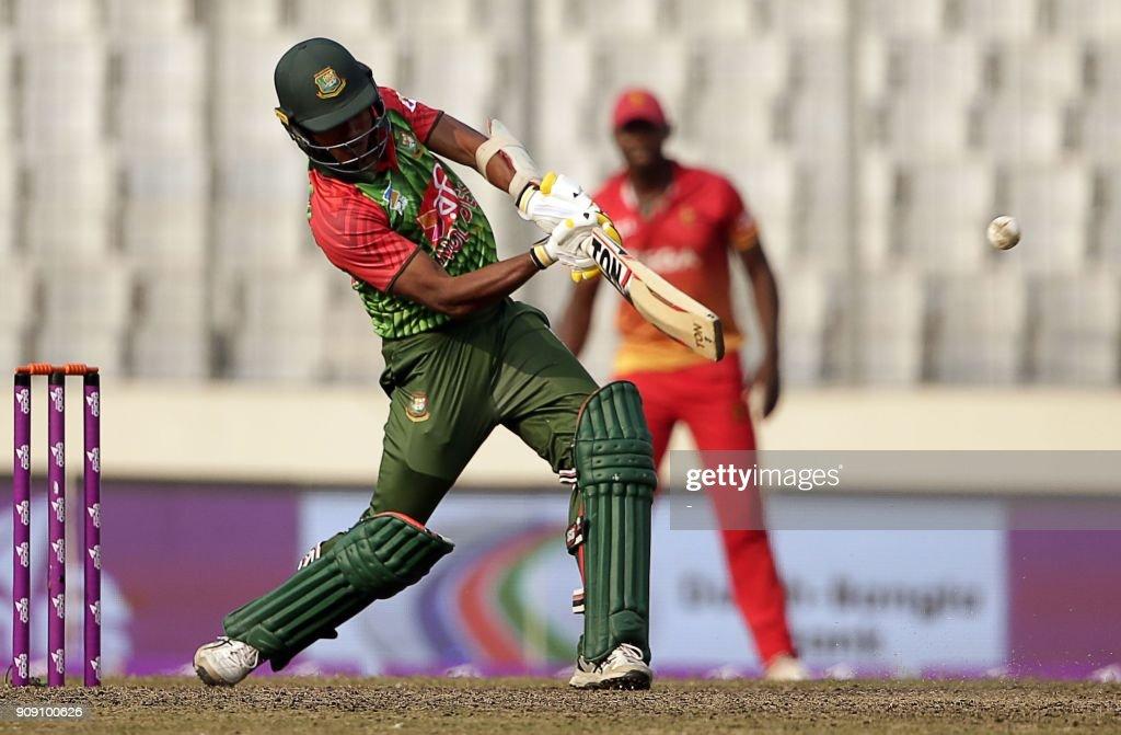 Bangladesh vs Sri Lanka - 5th ODI in the Tri-Nations Series at Dhaka