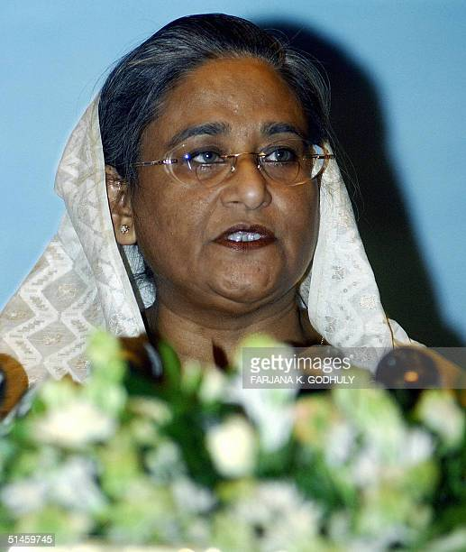 Leader of Bangladesh's Main opposition party the Awami League Sheikh Hasina Wajed delivers a speech to a gathering in Dhaka 10 October 2004 Wajed...