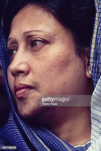Bangladesh prime minister Khaleda Zia visits an area of her country devastated by a cyclone in 1991