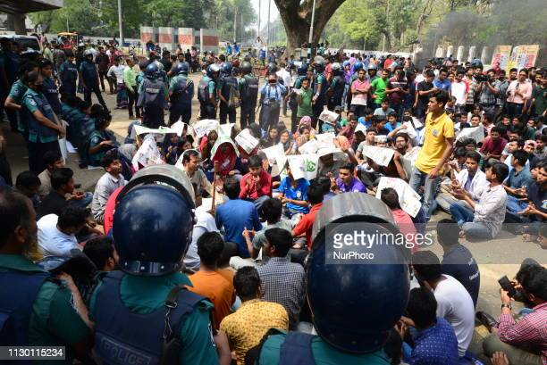 Bangladeshi different Student organization demonstration to demanding re-election to Dhaka University Central Students Union during student strike at...