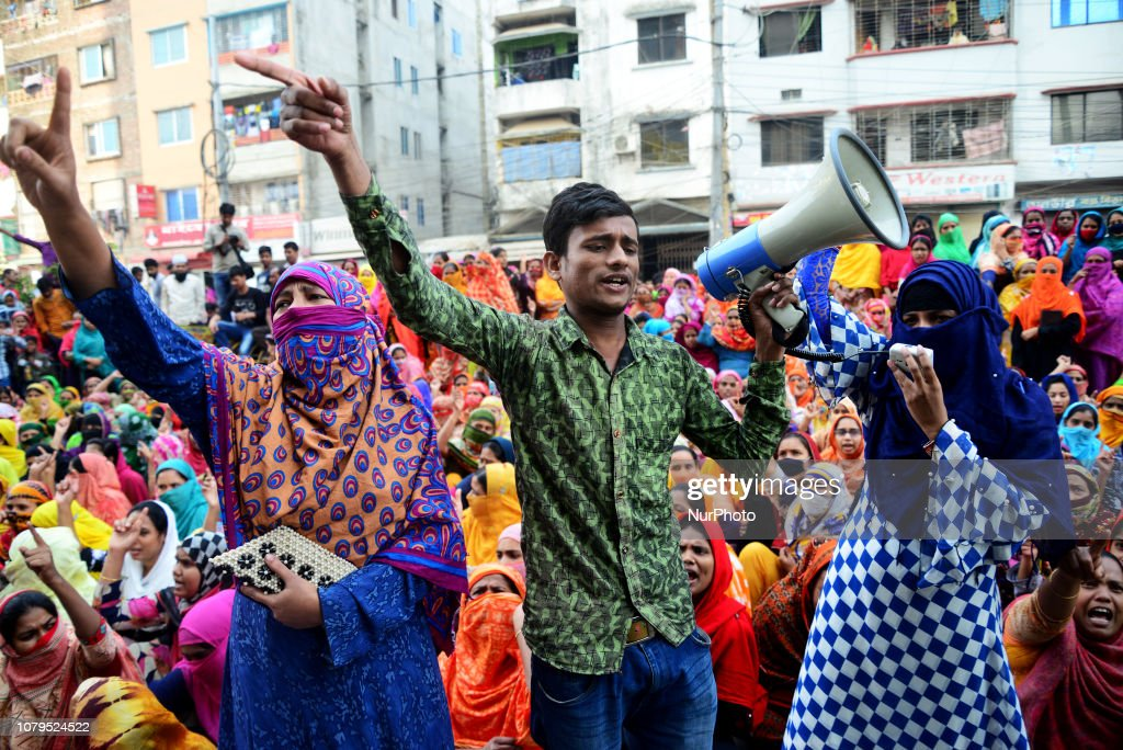 Garments Workers Continue Protest In Dhaka : News Photo