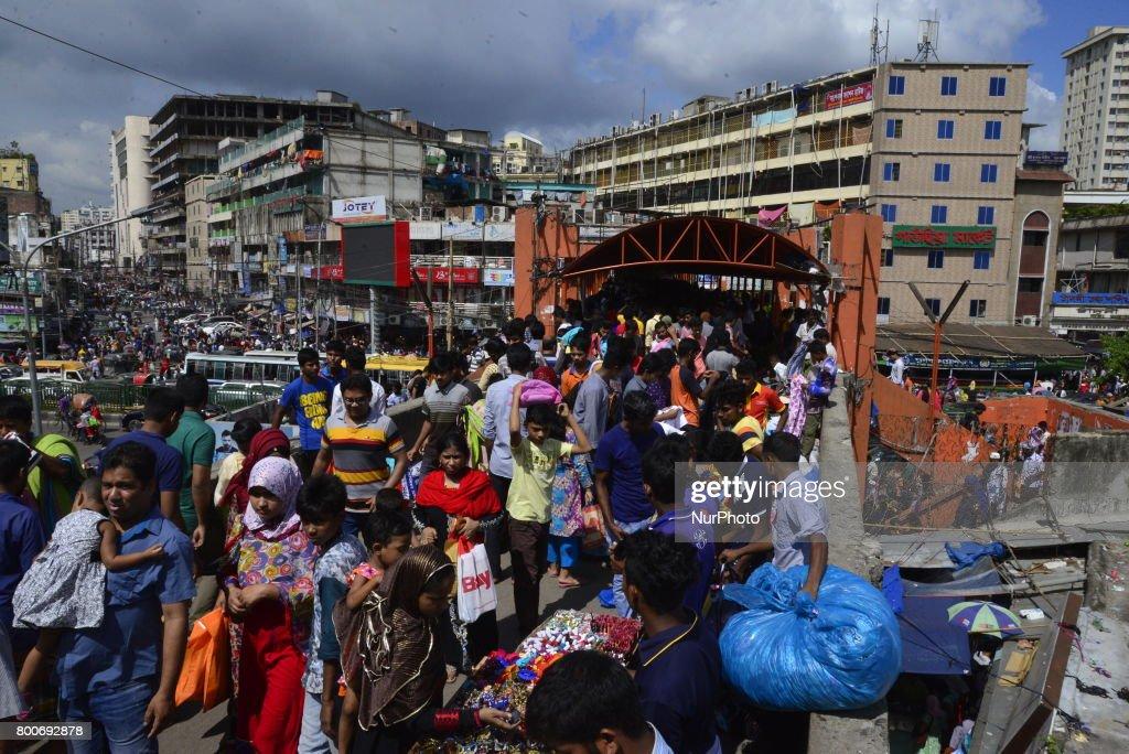 Wonderful Bangladesh Eid Al-Fitr Feast - bangladeshi-muslim-peoples-busy-in-shopping-at-new-market-ahead-of-picture-id800692878?k\u003d6\u0026m\u003d800692878\u0026s\u003d612x612\u0026w\u003d0\u0026h\u003dBnCckhvf-tqsGiYLmpOXxelqmGYDK034jw6W1RsjbDo\u003d  Image_59978 .com/photos/bangladeshi-muslim-peoples-busy-in-shopping-at-new-market-ahead-of-picture-id800692878?k\u003d6\u0026m\u003d800692878\u0026s\u003d612x612\u0026w\u003d0\u0026h\u003dBnCckhvf-tqsGiYLmpOXxelqmGYDK034jw6W1RsjbDo\u003d