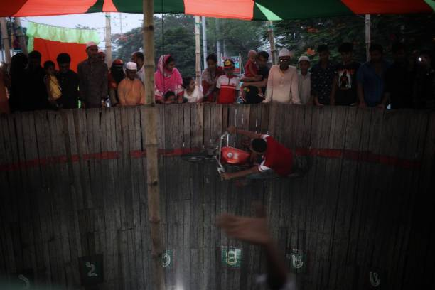 BGD: Daily Life In Dhaka
