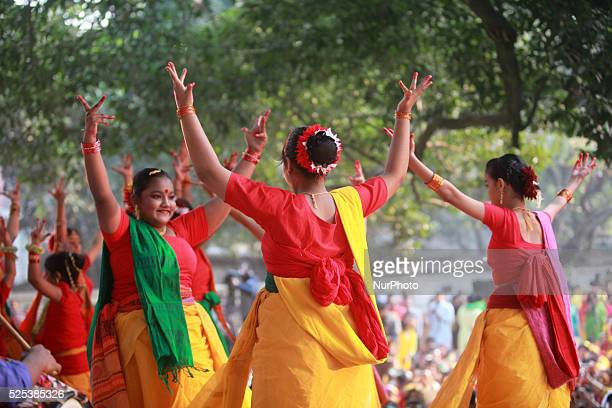 Bangladeshi women perform a traditional dance during the quotBasanta Utsabquot or spring Festival in Dhaka Hundreds of people joined in the cultural...