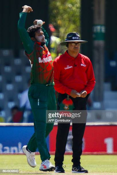 Bangladesh's bowler Shakib Al Hasan throws the ball during the 3rd ODI match at the Buffalo Park in East London on October 22 2017 / AFP PHOTO /...