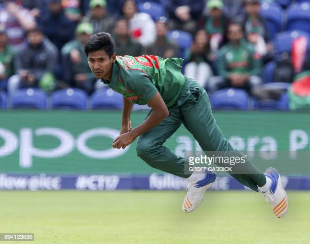 Bangladesh's Mustafizur Rahman bowls during the ICC Champions Trophy match between New Zealand and Bangladesh in Cardiff on June 9 2017 / AFP PHOTO /...