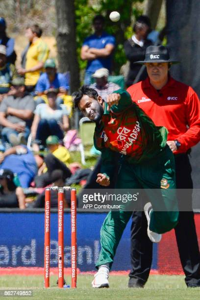 Bangladesh's Shakib Al Hasan bowls during the second one day international cricket match between South Africa and Bangladesh at Boland Park in Paarl...