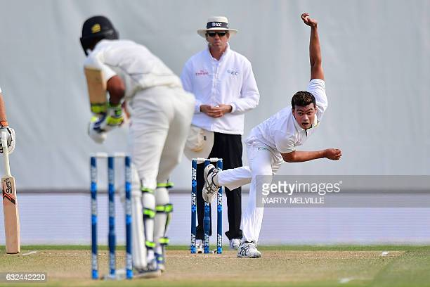 Bangladesh's Taskin Ahmed bowls to New Zealand's Jeet Raval as umpire Paul Reiffel during day four of the second international Test cricket match...