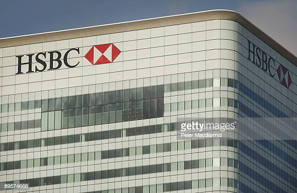 HSBC bank headquarters building in Canary Wharf reflects early morning sunshine on August 3 2009 in London HSBC bank has announced a pretax profit of...