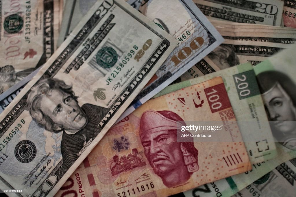 Mexico Us Dollar Currency News Photo