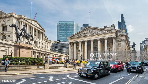bank of england and royal exchange - bank of england stock pictures, royalty-free photos & images