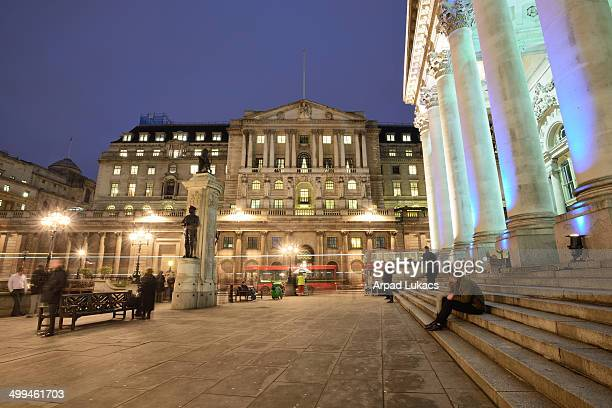CONTENT] Bank of England in London captured in twilight