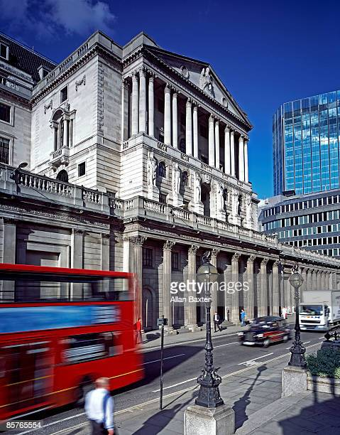bank of england - bank of england stock pictures, royalty-free photos & images