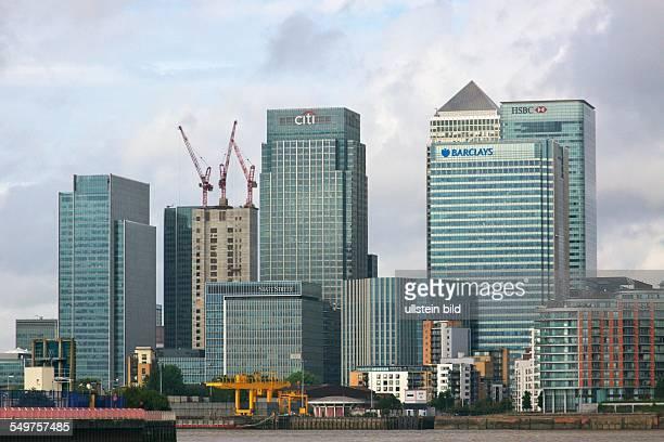 Bankenviertel Canary Wharf in den Londoner Docklands Bürotürme der Banken citi state street Barclays und HSBC