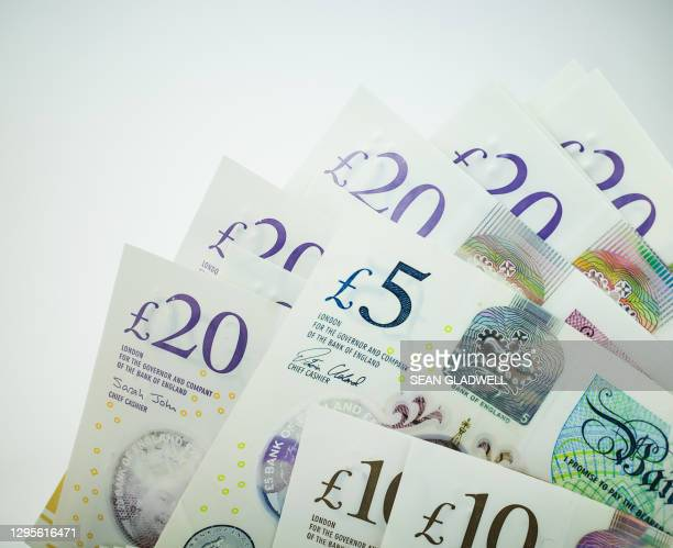 banknote money - twenty pound note stock pictures, royalty-free photos & images