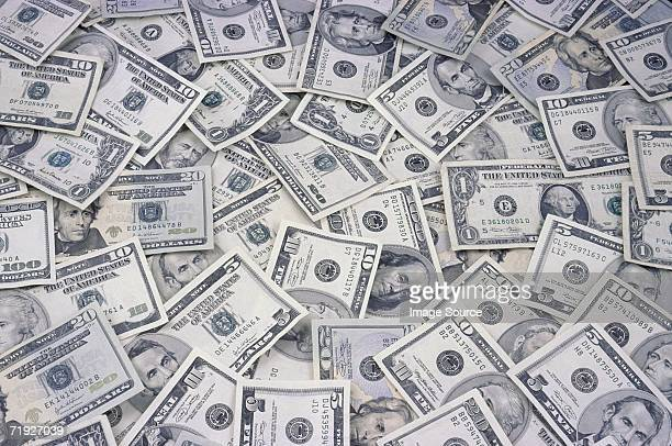 us banknotes - american one dollar bill stock pictures, royalty-free photos & images