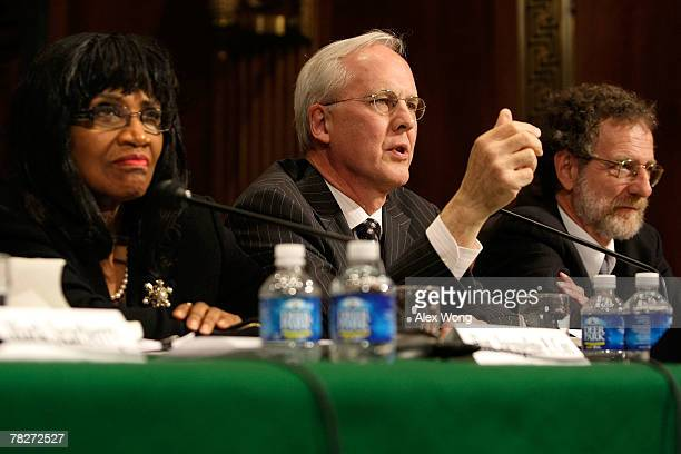 Bankruptcy judge Thomas Bennett speaks as bankruptcy judge Jacqueline Cox and National Association of Consumer Bankruptcy Attorneys President Henry...