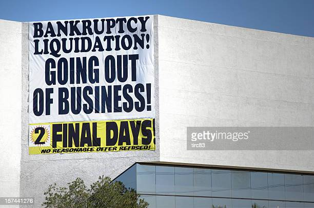 bankruptcy liquidation sign - everything must be sold stock pictures, royalty-free photos & images