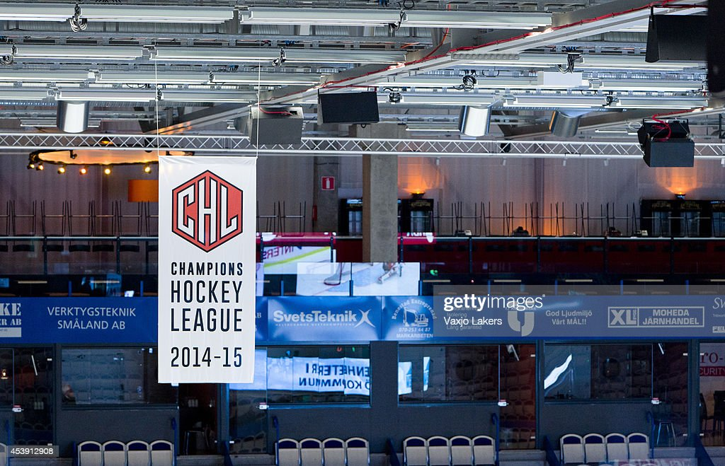 Vaxjo Lakers v Adler Mannheim - Champions Hockey League : News Photo