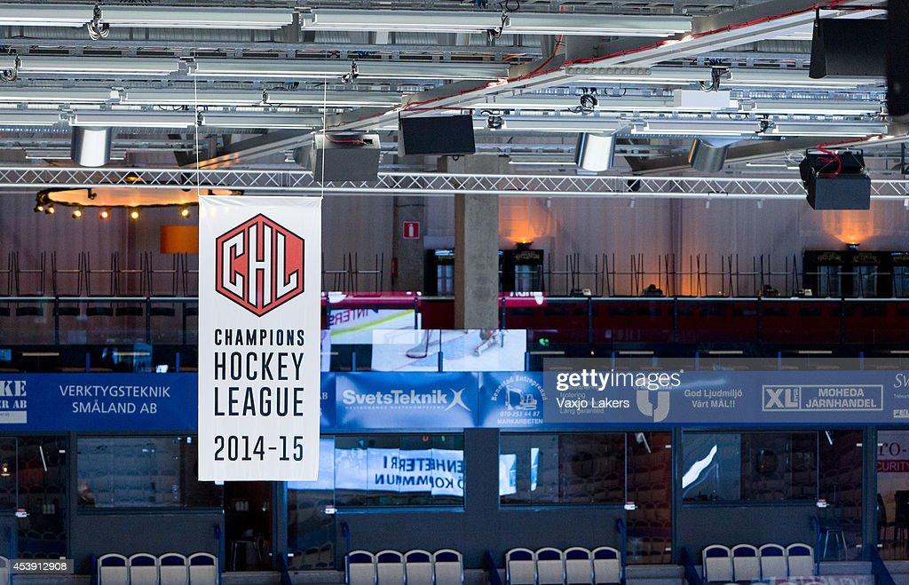 Vaxjo Lakers v Adler Mannheim - Champions Hockey League : News Photo