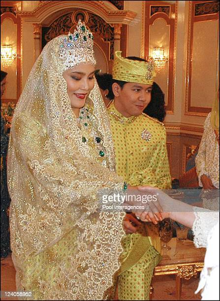 Banquet for the Royal Wedding of the Princess Majededah the daughter of the Sultan of Brunei Hassanal Bolkiah,with Yag Mulia Pengiran In Brunei...