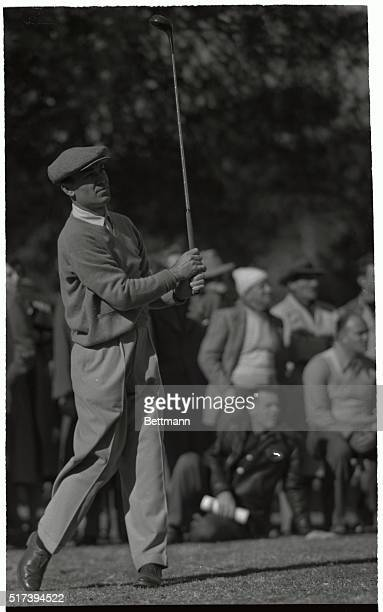 Bantam Ben Hogan, of Hershey, PA, tees off from the first green at the Riviera Country Club at the 14th Los Angeles Open Golf tournament, his first...