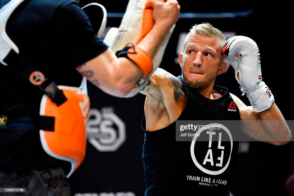 UFC 227 Open Workouts : News Photo