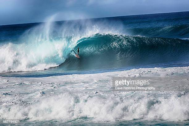 banzai pipeline / north shore - north shore stock photos and pictures