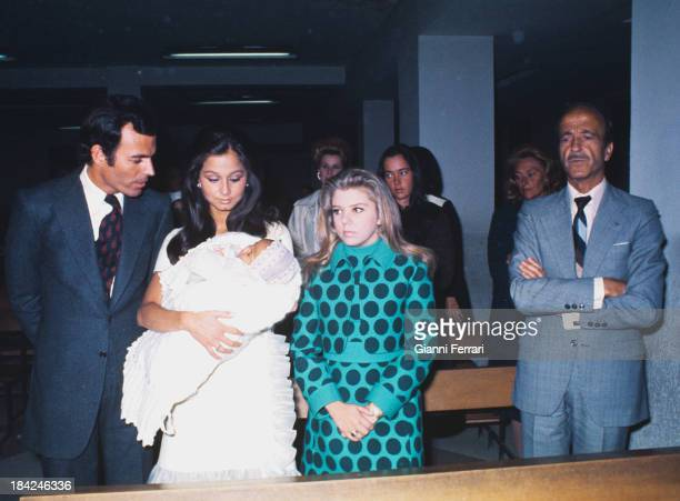Baptism of Chaveli daughter of Julio Iglesias and Isabel Preysler with the father of the singer Julio Iglesias Puga 22nd January 1973 Madrid Castila...