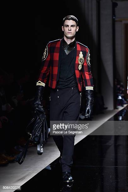 Baptiste Giabiconi walks the runway during the Balmain Menswear Fall/Winter 20162017 show as part of Paris Fashion Week on January 23 2016 in Paris...