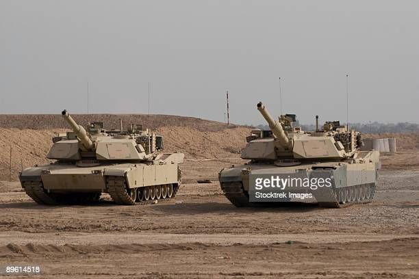 baqubah, iraq - m1 abrams tank at camp warhorse. - m1 abrams stock pictures, royalty-free photos & images