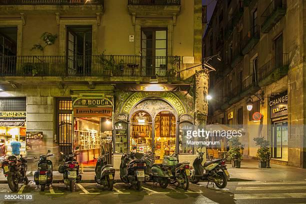 bar along ramblas de catalunya - spanish culture stock pictures, royalty-free photos & images