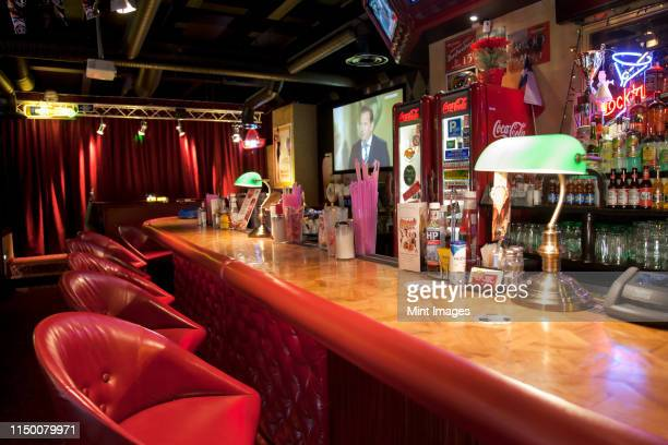 bar at an american style diner - pub stock pictures, royalty-free photos & images