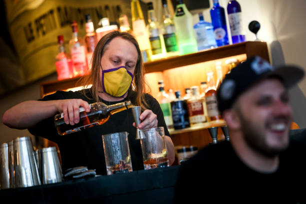 CO: As Colorado Restaurants Open To 100% Capacity, Denver Bar Only Allows Vaccinated Patrons Inside