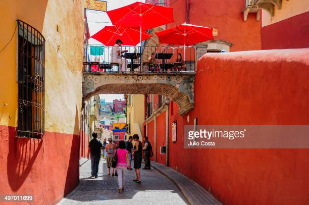 CONTENT] Bar over a curious street in Guanajuato Mexico