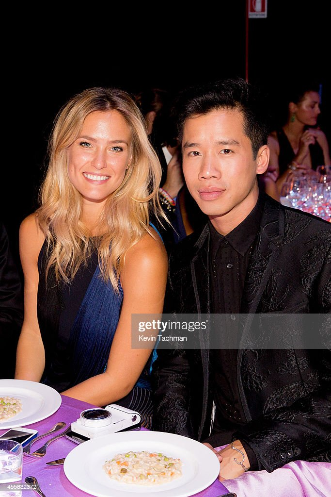 Bar Refaeli attends the amfAR Milano 2014 - Gala Dinner and Auction as part of Milan Fashion Week Womenswear Spring/Summer 2015 on September 20, 2014 in Milan, Italy.