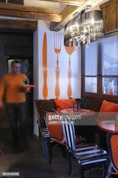 Bar restaurant Kitschen Cafe, station de ski et village de Megeve. Pays du Mont-Blanc et du Val d'Arly, Haute-Savoie , France.